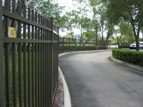 Aluminum Picket Fencing - Gallery 2
