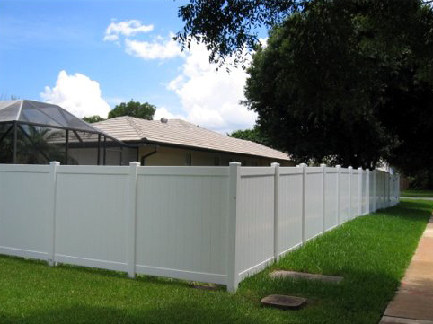 Full Privacy White PVC Fence